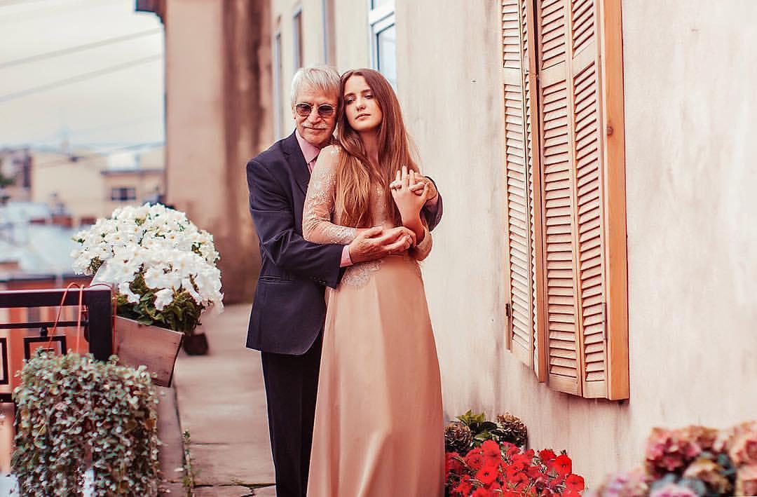 Иван краско и его молодая жена беременна 10