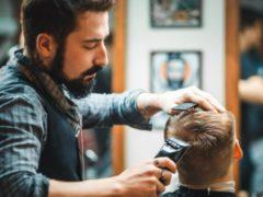 Притча о том, парикмахер решил не брать плату за свои услуги