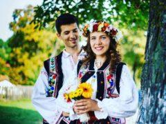Черно-белый тон в прошлом: 17 необычайно красивых свадебных нарядов из разных стран мира