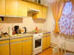 """Преобразование небольшой кухни в """"хрущевке"""" с минимумом затрат на материалы"""