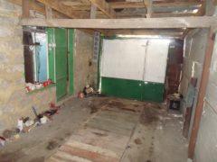 Молодая пара превратила заброшенный гараж в прекрасный дом в винтажном стиле