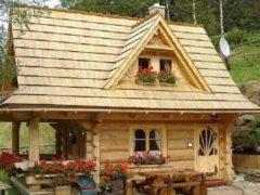 Чешская компания строит деревянные домики, с виду похожие на игрушечные