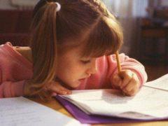 Оригинальный подарок: дочь написала пачку писем, в которые вложила свое сердце