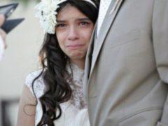 Необычная церемония: перед смертью отец решил обручиться со своей 11-летней дочерью