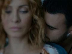Emin исполнил акустическую версию проникновенного сингла «Забыть тебя»