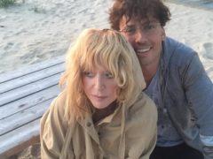 Галкин удивил новыми снимками Пугачевой с юрмальского пляжа
