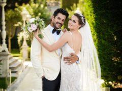 Море цветов и подарков: главный секс-символ Турции Бурак Озчивит женился.