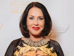 Надежда Бабкина поделилась с подписчиками свежими снимками без грамма макияжа