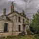 Фотограф обнаружил заброшенный дом во французской глубинке и был поражен его содержимым