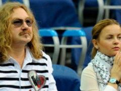 Юлия Проскурякова объявила о разрыве отношений, но поклонники уговаривают певицу одуматься