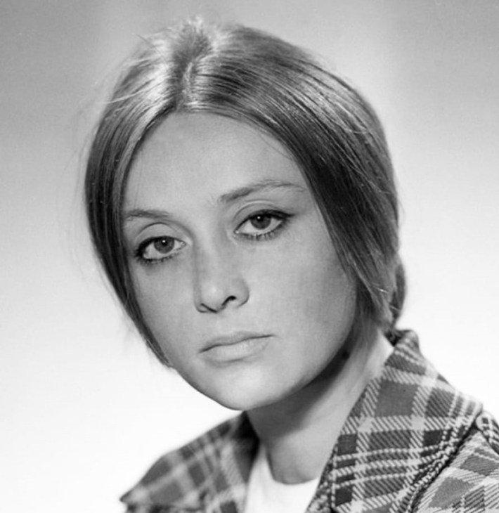 Годы берут своё: какими были и какими стали 11 наших самых любимых актрис