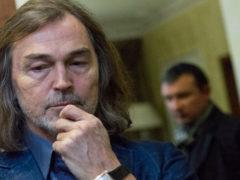 Совсем запустил себя: сын художника Никаса Сафронова находится на грани жизни и смерти
