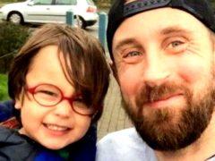 После потери сына, безутешный отец написал 10 правил, о которых должен знать каждый родитель