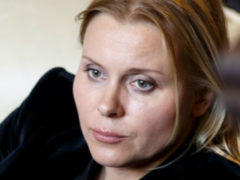 """""""Сегодня тебе было бы 27…"""" Яна Троянова рассказала о сыне, покончившем с собой"""