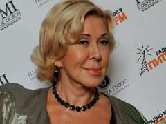 63-летнюю Любовь Успенскую вновь раскритиковали за неуемное пристрастие к пластике