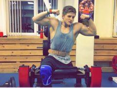 20-летний российский парень, лишившийся одной ноги, взялся за себя и полностью изменился