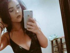Девушка сделала селфи, чтобы показать новое платье, а в результате серьезно опозорилась