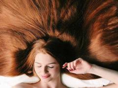 Поцелованная солнцем: длина волос этой россиянки равна 106 см, но недавно она страдала алопецией