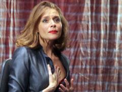 Партнерша по сцене Любовь Толкалина поразила трогательным обращением к Дмитрию Марьянову