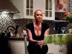 Вслед за звездами Голливуда: Волочкова пожаловалась на домогательства пожилого чиновника