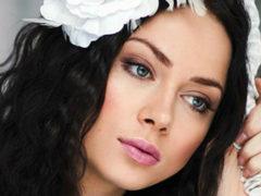 Самбурская тайно вышла замуж в черном платье за перспективного актера на 6 лет моложе нее