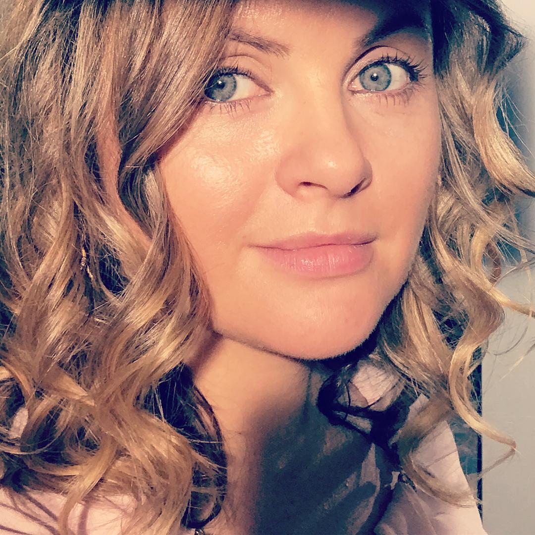 36-летняя супруга Игоря Николаева неожиданно для всех стала самой молодой бабушкой России