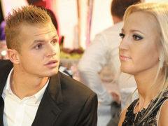 """У Бузовой истерика"": любовница Тарасова объявила о скорой свадьбе, показав кольцо с бриллиантом"