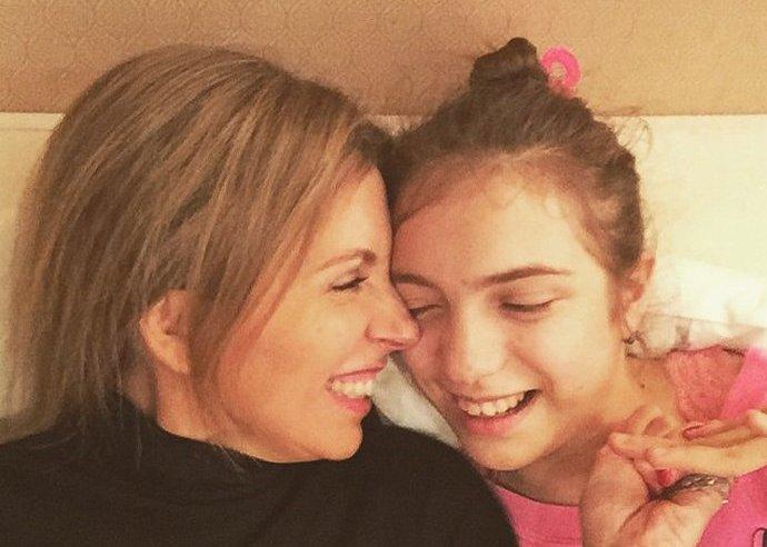 """Подросшая """"особенная"""" дочь Бондарчука на новых снимках выглядит удивительно похожей на отца"""