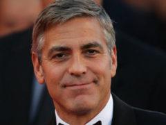 Джордж Клуни отблагодарил друзей за многолетнюю дружбу, подарив каждому из них по миллиону