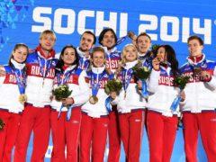 Наши знаменитости возмущены неожиданным отстранением сборной России от Олимпийских игр