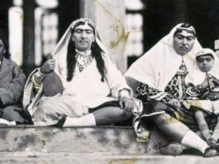 """Совсем не те, кем казались: раскрыт секрет """"восточных красавиц"""" из гарема иранского правителя"""