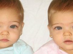 Малышки, родившиеся в 2010 году, признаны самыми красивыми девочками-близняшками в мире