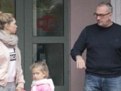 """""""Похожи на папу с дочкой"""": Меладзе раскритиковали из-за крайне неудачного портрета с Брежневой"""