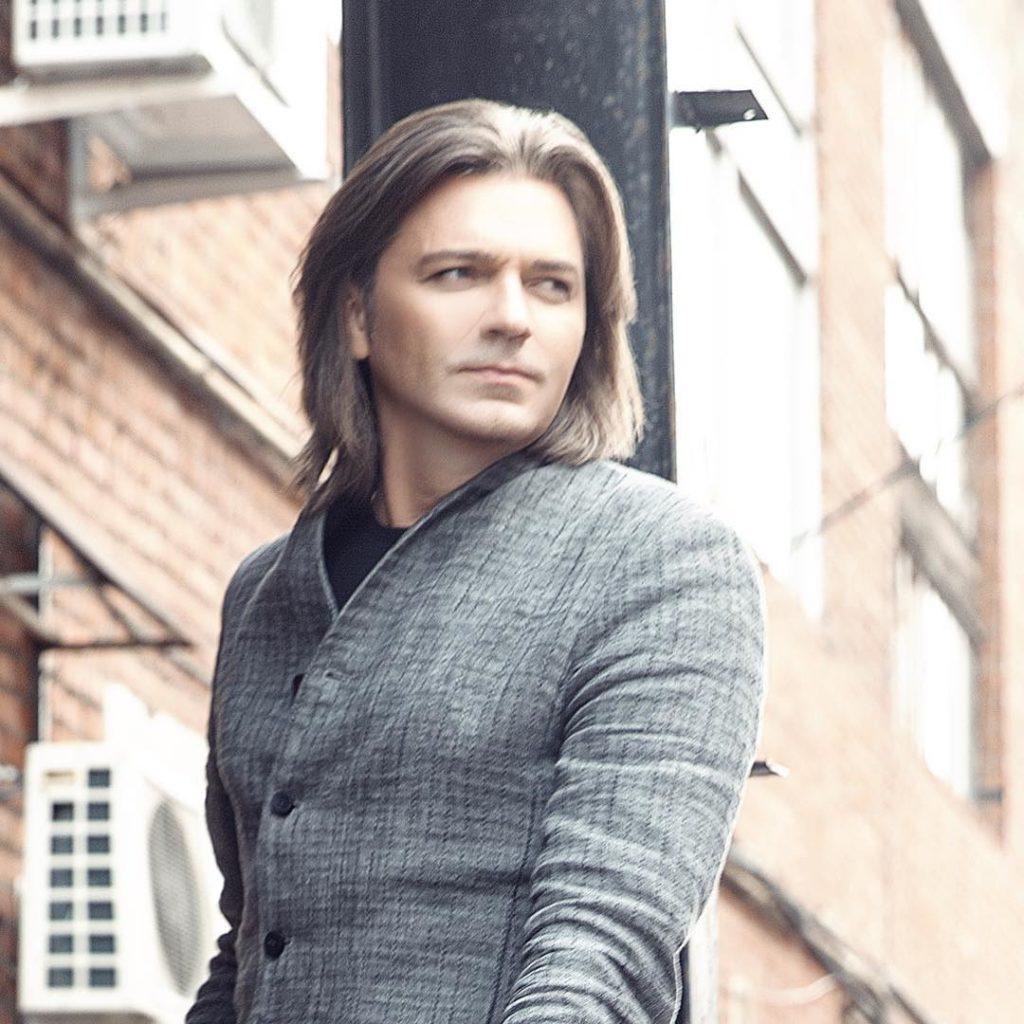 Дмитрий Маликов стал отцом во второй раз, заплатив за рождение сына кругленькую сумму