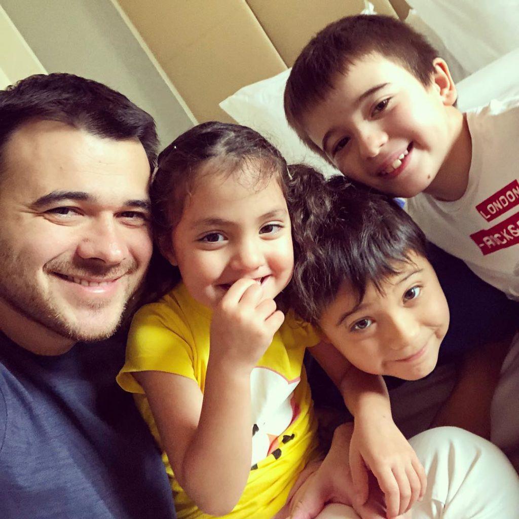 Благородный поступок: Максим Фадеев и Эмин собрали денег и спасли жизнь больного ребенка