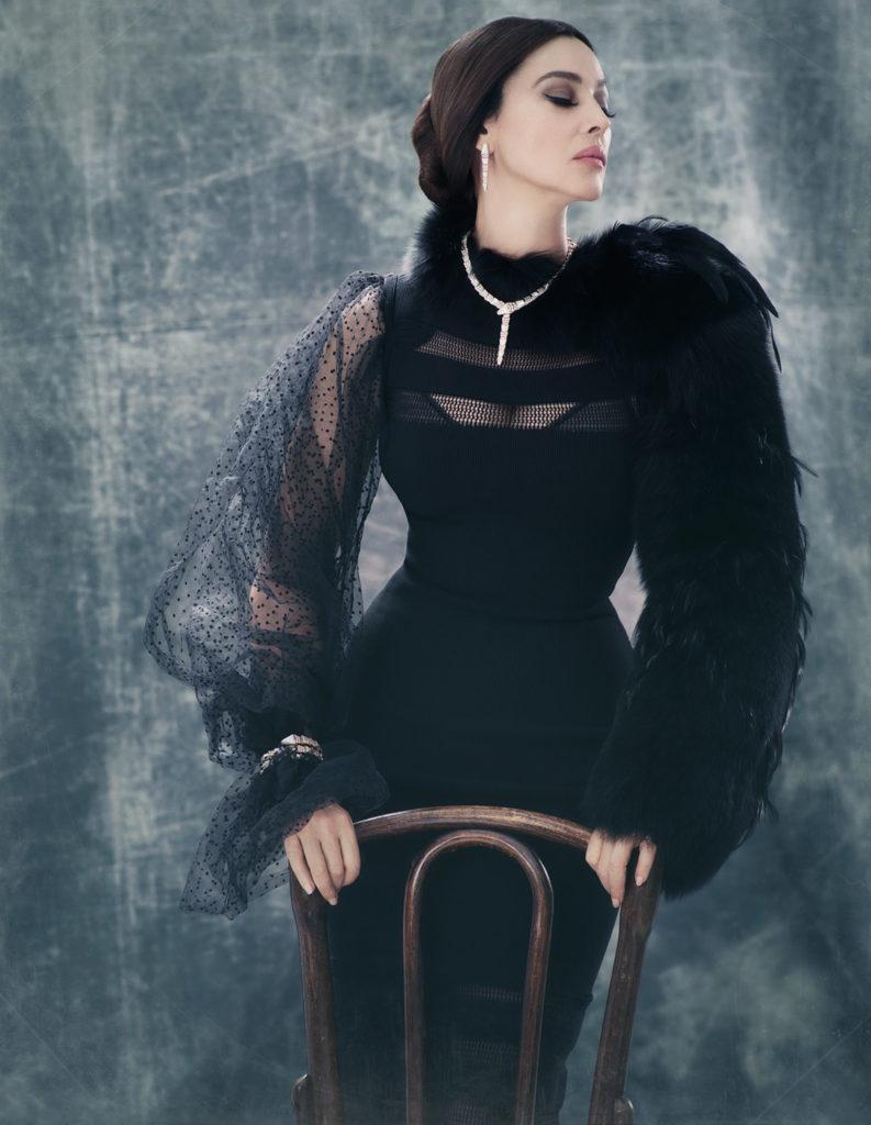 Чувственная Моника Беллуччи в новой откровенной фотосессии сражает великолепием образов