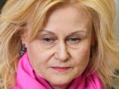 «Вместо груди у меня протез»: Дарья Донцова рассказала, на какие жертвы ей приходится идти из-за рака 4 стадии