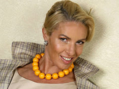 44-летняя Ирина Лобачева призналась, что сожительствует с мужчиной много младше себя