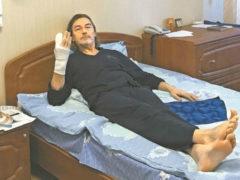 Никас Сафронов пытается восстановиться после тяжелой травмы, реанимации и нескольких операций