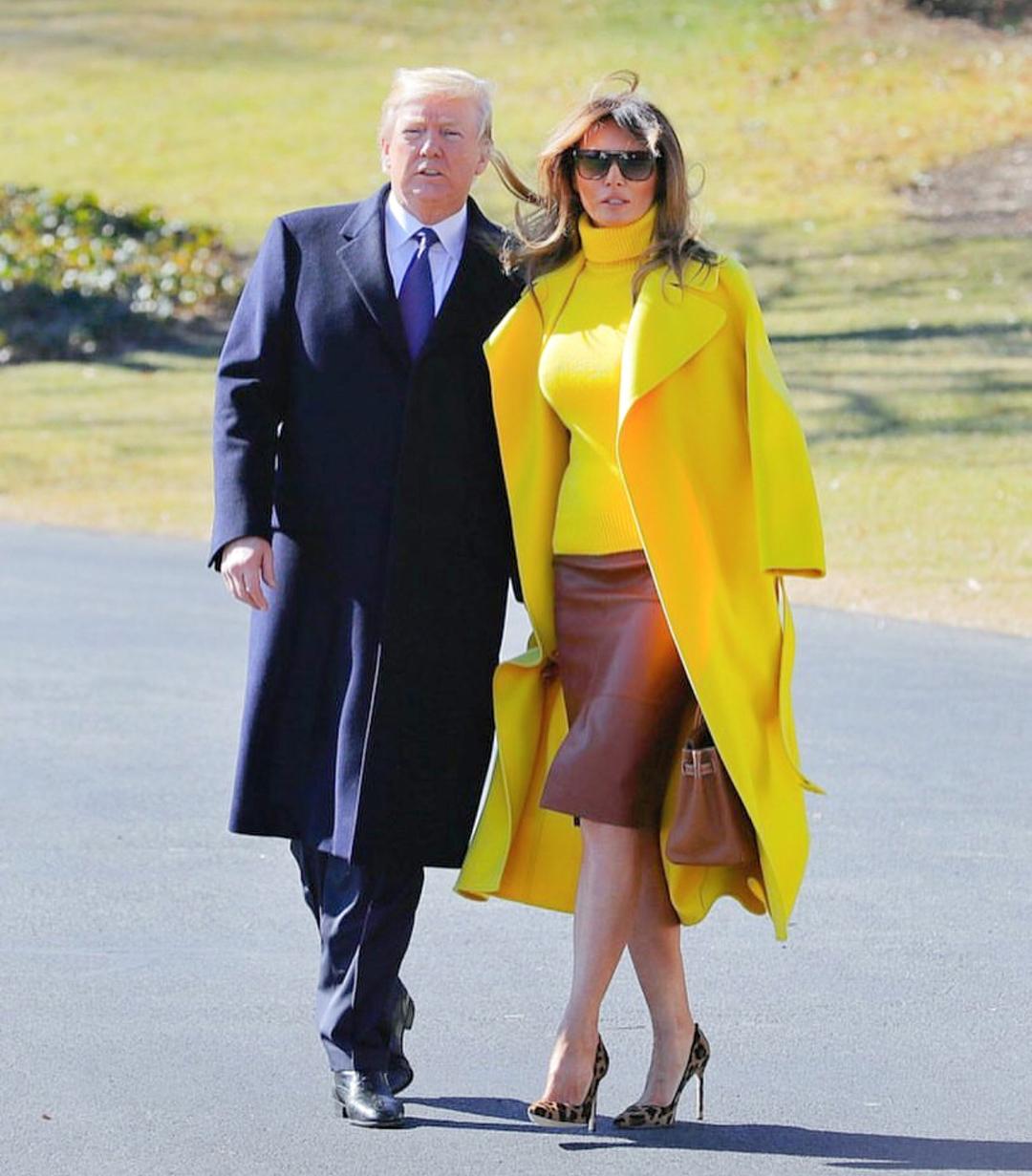 Мелания Трамп в умопомрачительном пальто почти за 3000$ попала под прицел модных критиков