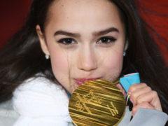 Победа и черная полоса в жизни: Алина Загитова попала в серьезное ДТП, возвращаясь с тренировки