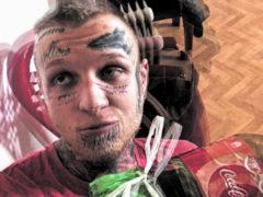 Сын Елены Яковлевой, весь покрытый татуировками, будет воспитывать детей в «Школе Росатома»