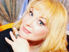 Вдова Евстигнеева попала в больницу с травмой головы из-за переживаний о многомиллионном наследстве