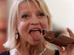 Гимнастка Ольга Корбут в 62-летнем возрасте объявила о решении выйти замуж за возлюбленного из США