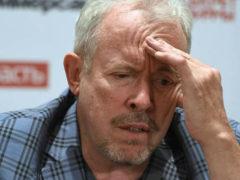 """Посетивший Америку Макаревич грубо оскорбил россиян и посоветовал """"спилить"""" Останкинскую башню"""