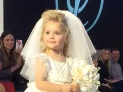 """""""Хороша невеста"""": 4-летняя дочь Пугачевой покорила зрителей артистизмом на показе детской одежды"""