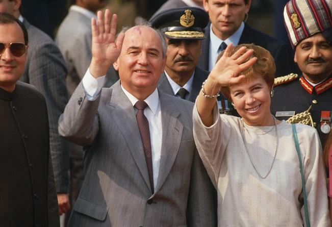 Открылась вся правда о таинственной Раисе Горбачевой – единственной официальной первой леди СССР