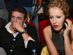 После слухов о неверности законному супругу Ксению Собчак уличили во флирте с миллиардером
