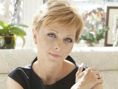 Влюбившись в известного актера Дарья Повереннова ушла от мужа и сама оказалась брошенной
