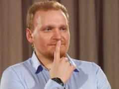 Скрывал даже от родных: Сергей Сафронов тайно улетел в медовый месяц с беременной подругой